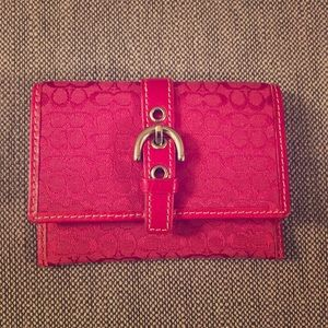 Accessories - Coach hot pink card case with buckle